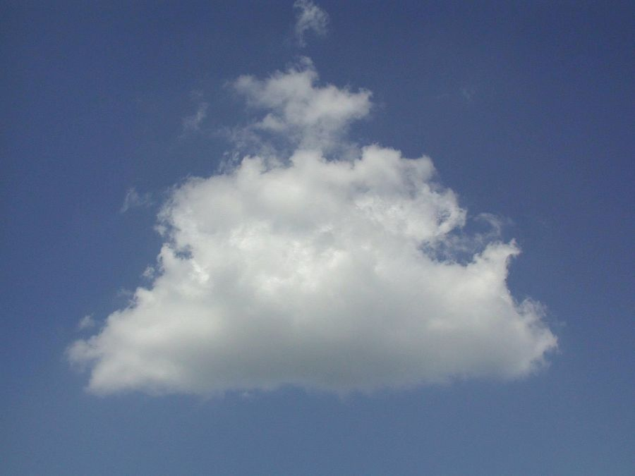 n65-single-cloud-on-sky