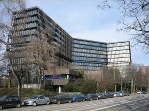 n26-1024px-Europäisches_Patentamt_in_München