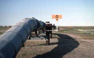 n94-800px-Trans-Alaska_Pipeline