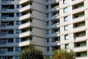 n42-skyscraper-347463_640