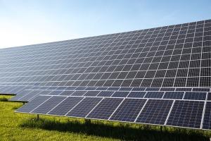 n44-solar-cells-491703_1280