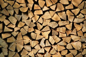 n53-firewood-287015_1280