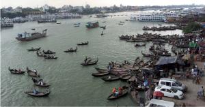 Dhaka au Bangladesh. Un des pays les plus pauvres et l'un des plus vulnérables au réchauffement climatique.